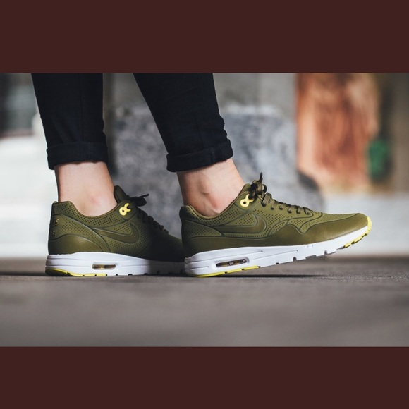 quality design 3b9e4 1c3f7 💥Brand New Nike Air Max 1 Ultra moire olive green